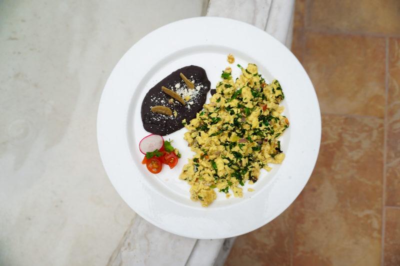 yucatecan eggs mexican breakfast